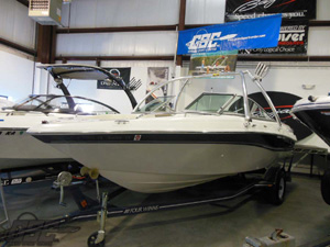 2002 Four Winns 210 - SOLD