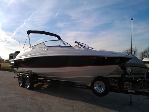 2006 Regal 2400 Open Bow