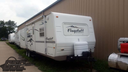 2006 FLAGSTAFF M 831 BHSS BY FOREST RIVER
