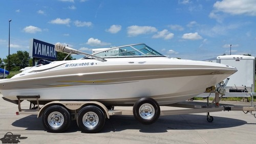 2006 FOUR WINNS 240 HORIZON