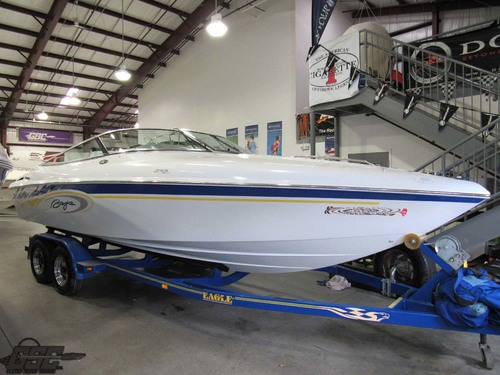2003 Baja Marine 232 Closed Bow