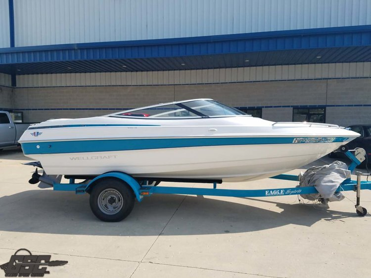 1995 Wellcraft Eclipse 182S Bowrider