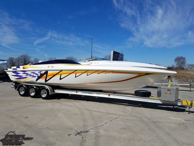 2000 SUNSATION 32 DOMINATOR