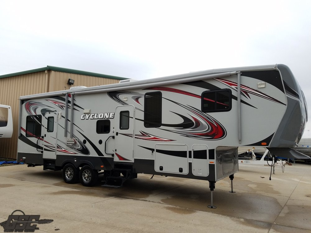 2013 Heartland 3010 Cyclone HD Toy Hauler