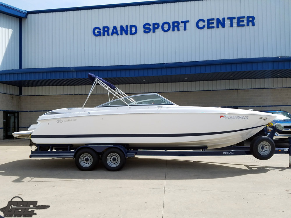 2007 Cobalt 272 Open Bow