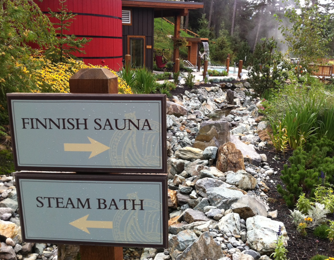 scandinave bathing whistler