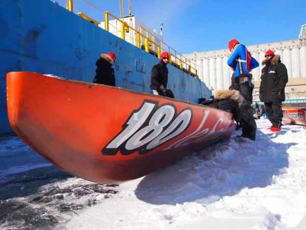 ice canoeing race carnaval
