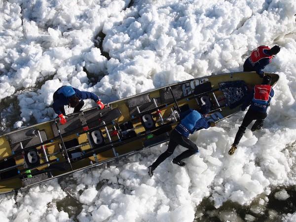 ice canoe racers