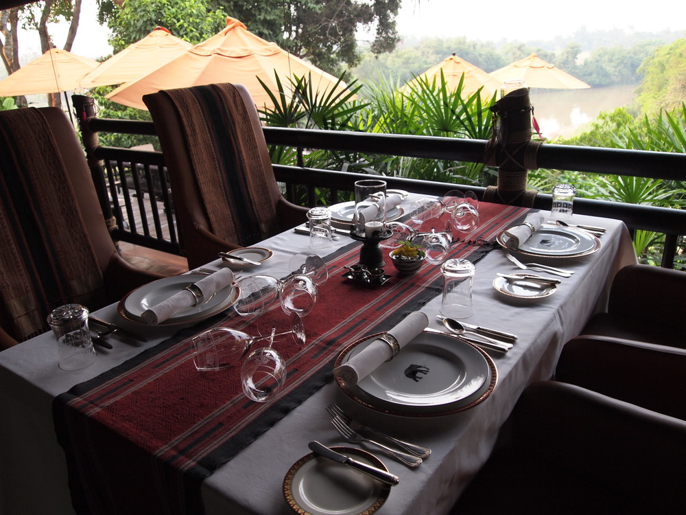 Nong Yao, the camp's gorgeous restaurant