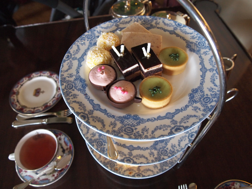 Afternoon Tea: The three-tiered tray