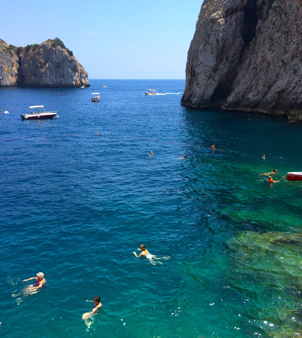 Swimming in the Tyrrhenian Sea