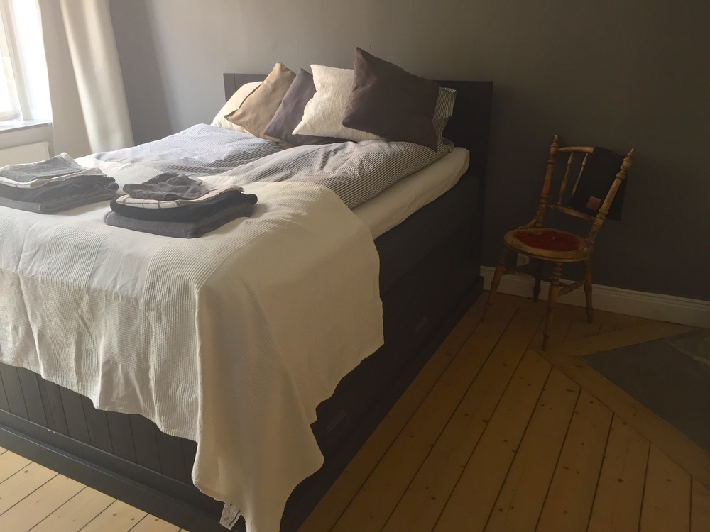 bedroom airbnb sweden