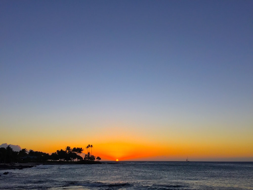 Sunset views c/o the Island of Hawaii