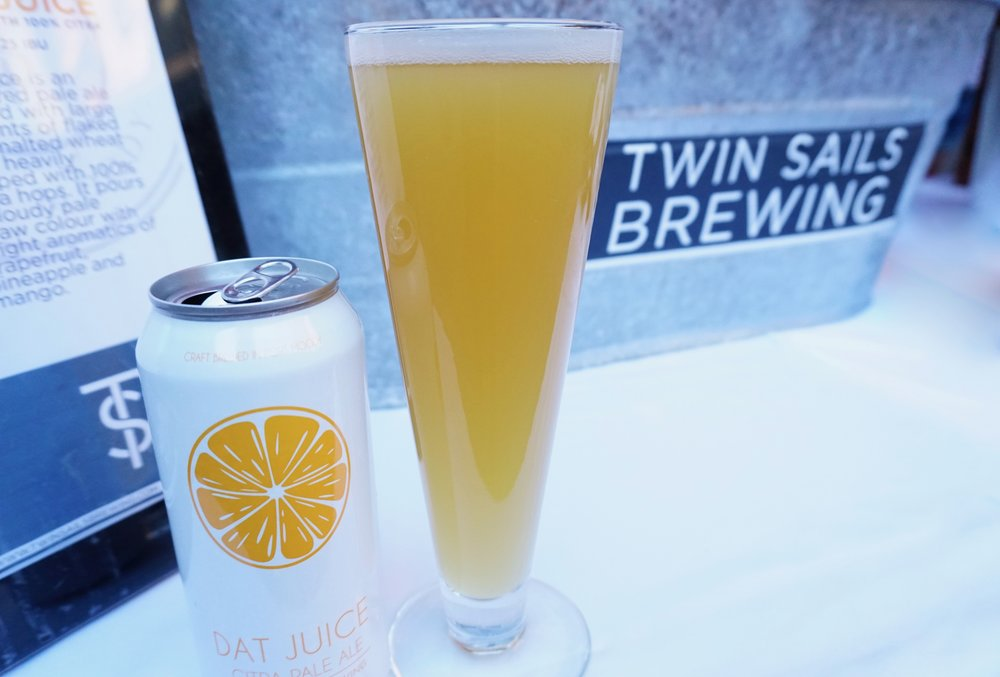 Last week the featured brews were by Twin Sails Brewing and Bomber Brewing. During summer I like lighter, fruit-infused lagers so I went for the Bomber's Parklife Passionfruit Ale, and Twin Sails' Dat Juice Pale Ale.