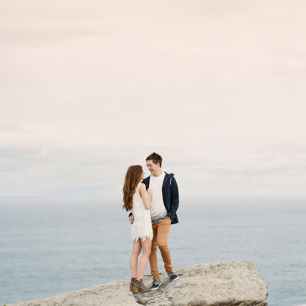 Sydney engagment shoot by Wedding photographer Glen Edwards_0705.jpg