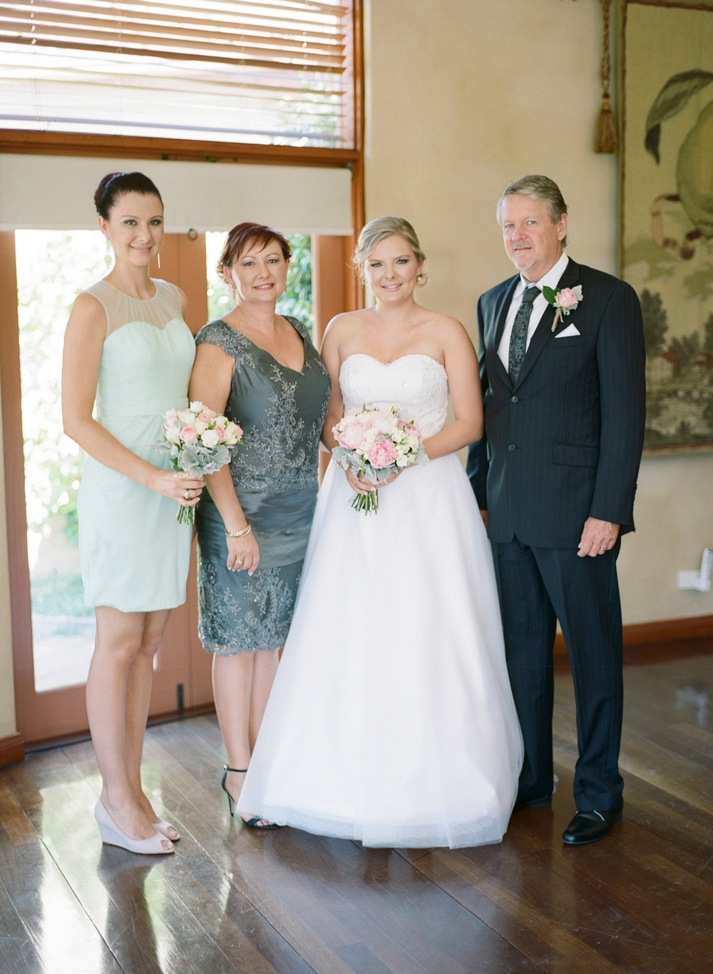 Hunter Valley wedding by Mr Edwards Photography_0737_1028.jpg