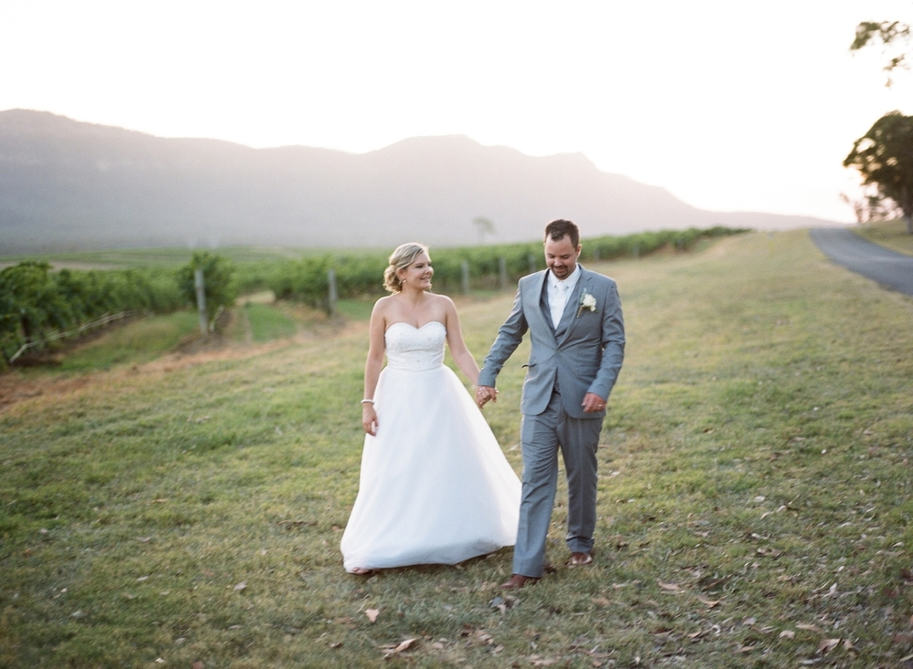 Hunter Valley wedding by Mr Edwards Photography_0737_1058.jpg
