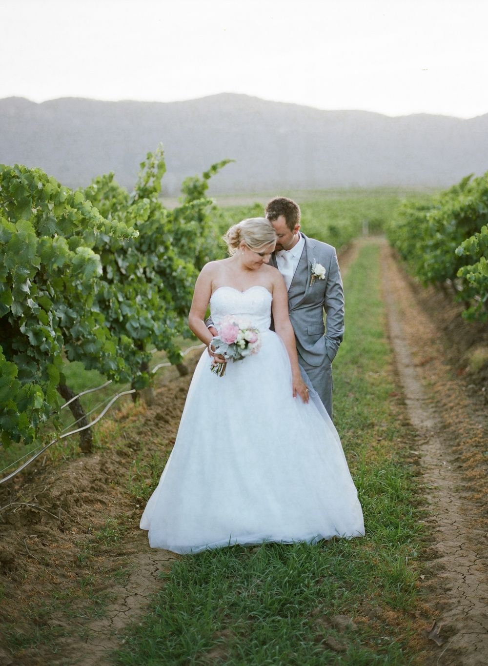 Hunter Valley wedding by Mr Edwards Photography_0737_1075.jpg
