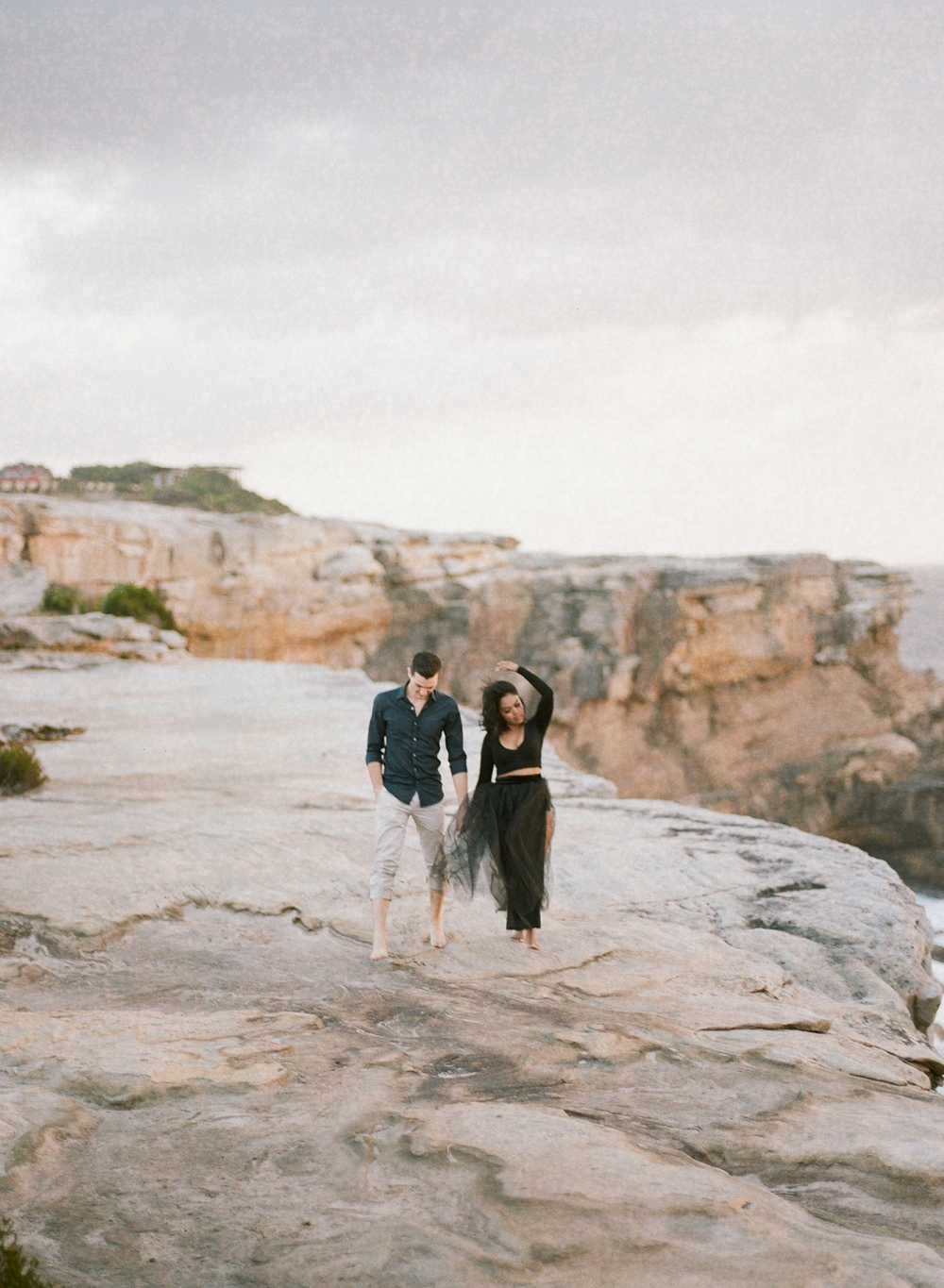 Coastal Sydney couples session by Mr Edwards Photography_0737_1153.jpg