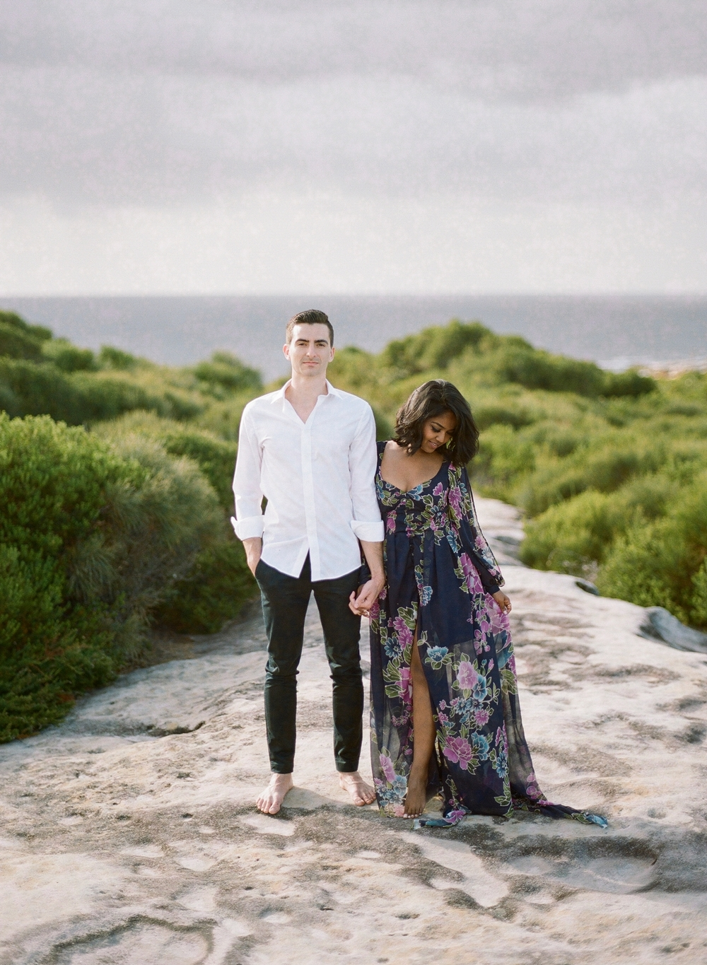 Coastal Sydney couples session by Mr Edwards Photography_0737_1156.jpg