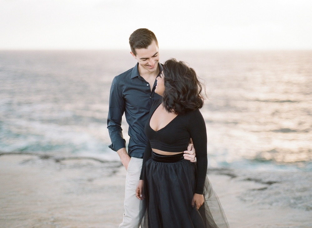 Coastal Sydney couples session by Mr Edwards Photography_0737_1164.jpg