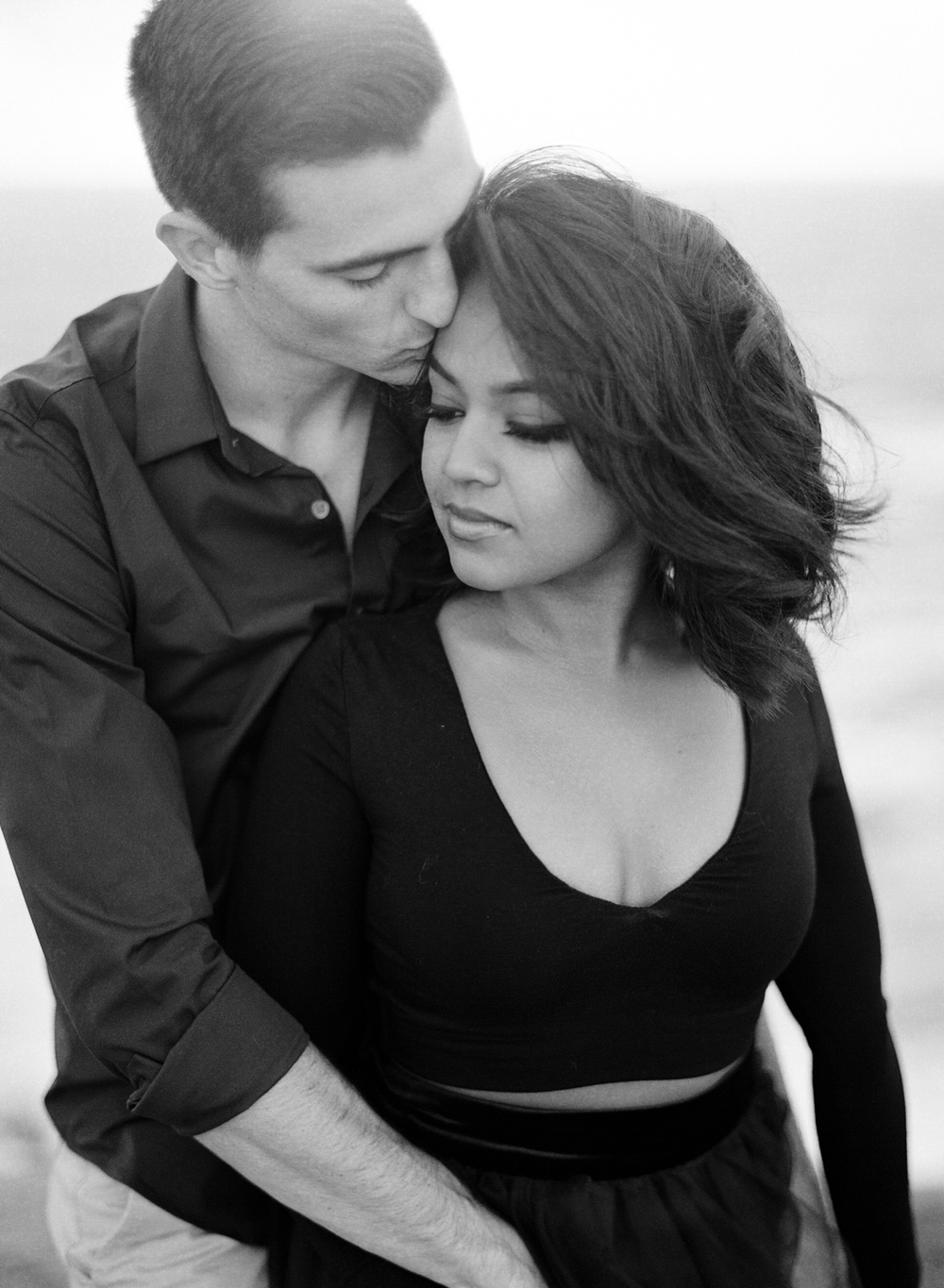 Coastal Sydney couples session by Mr Edwards Photography_0737_1168.jpg