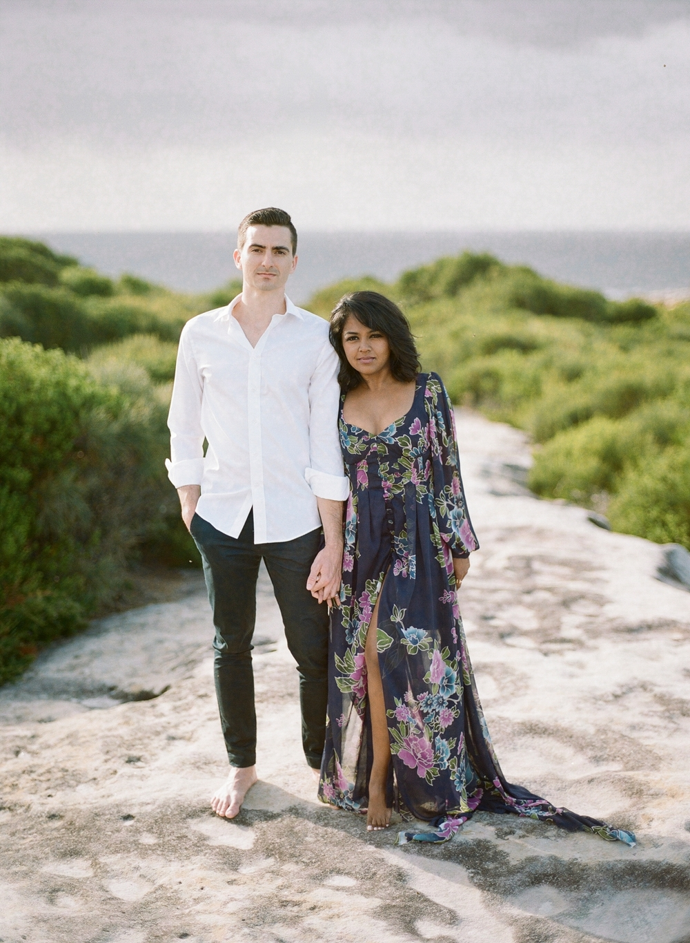 Coastal Sydney couples session by Mr Edwards Photography_0737_1173.jpg