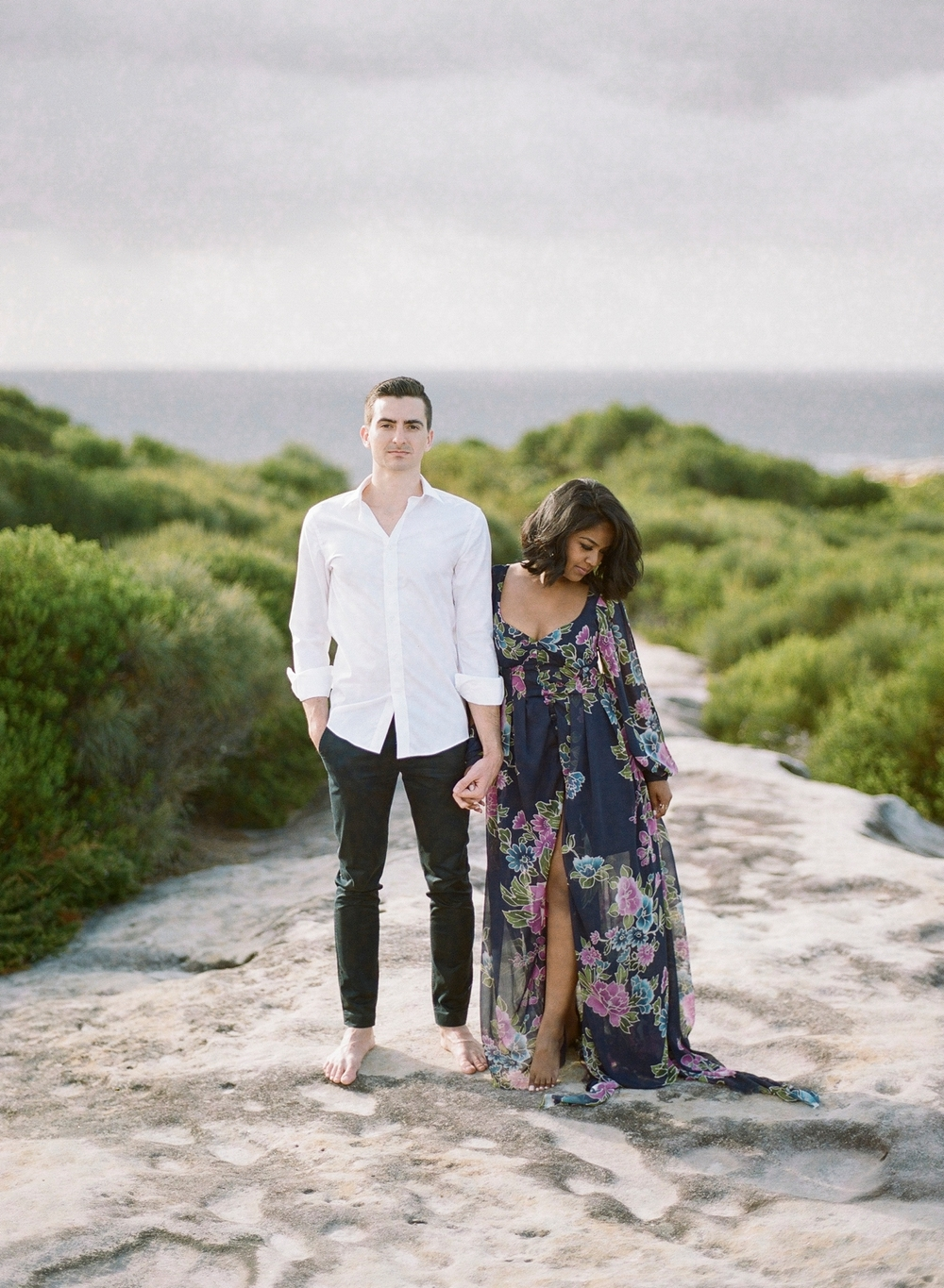 Coastal Sydney couples session by Mr Edwards Photography_0737_1179.jpg