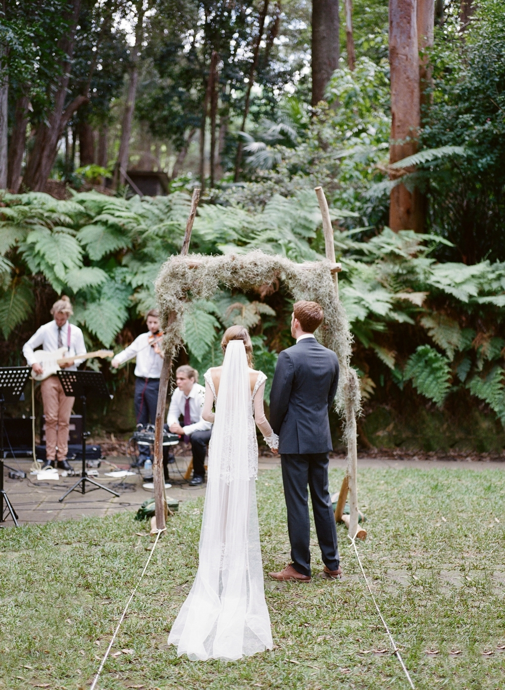 Australian bohemian Garden Wedding by Mr Edwards Photography_1256.jpg