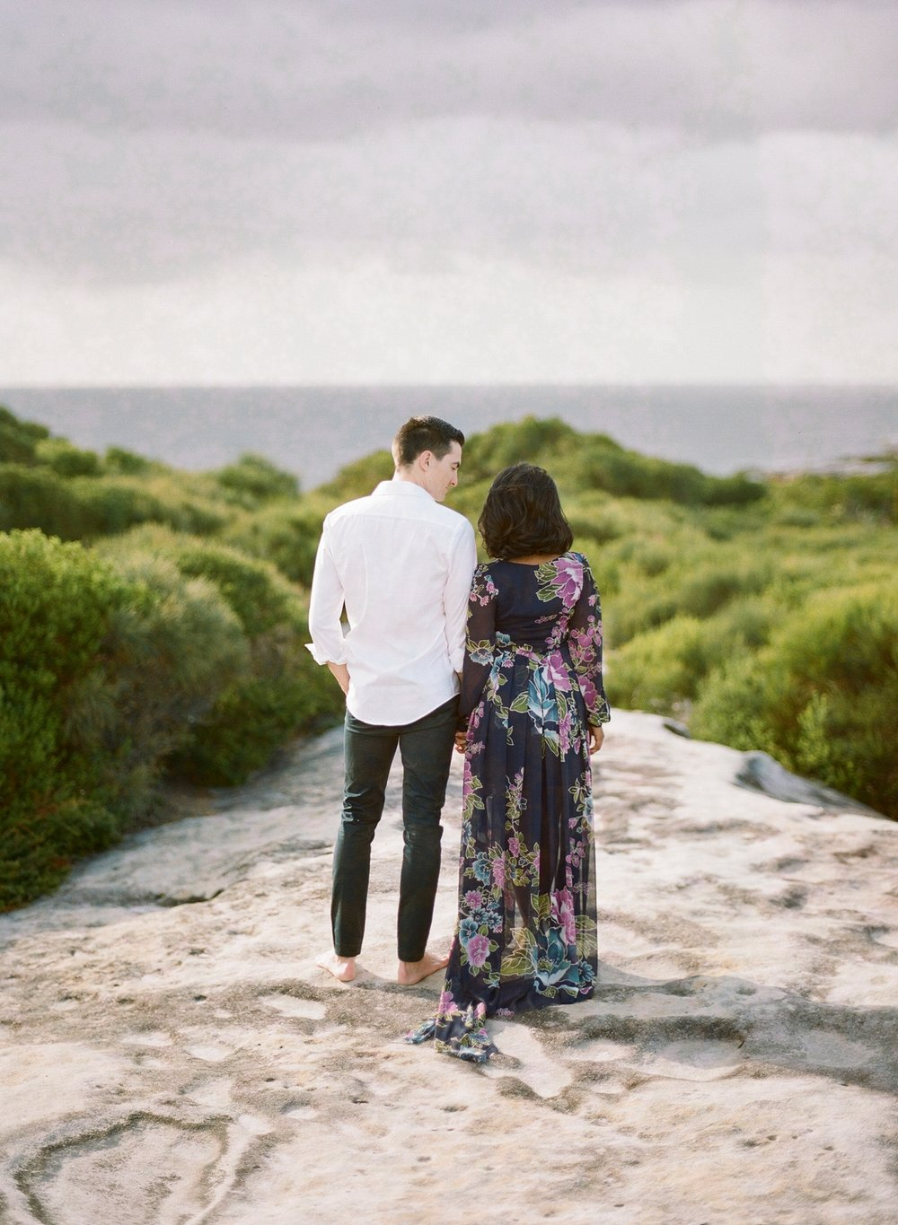 Coastal Sydney couples session by Mr Edwards Photography_0737_1109.jpg