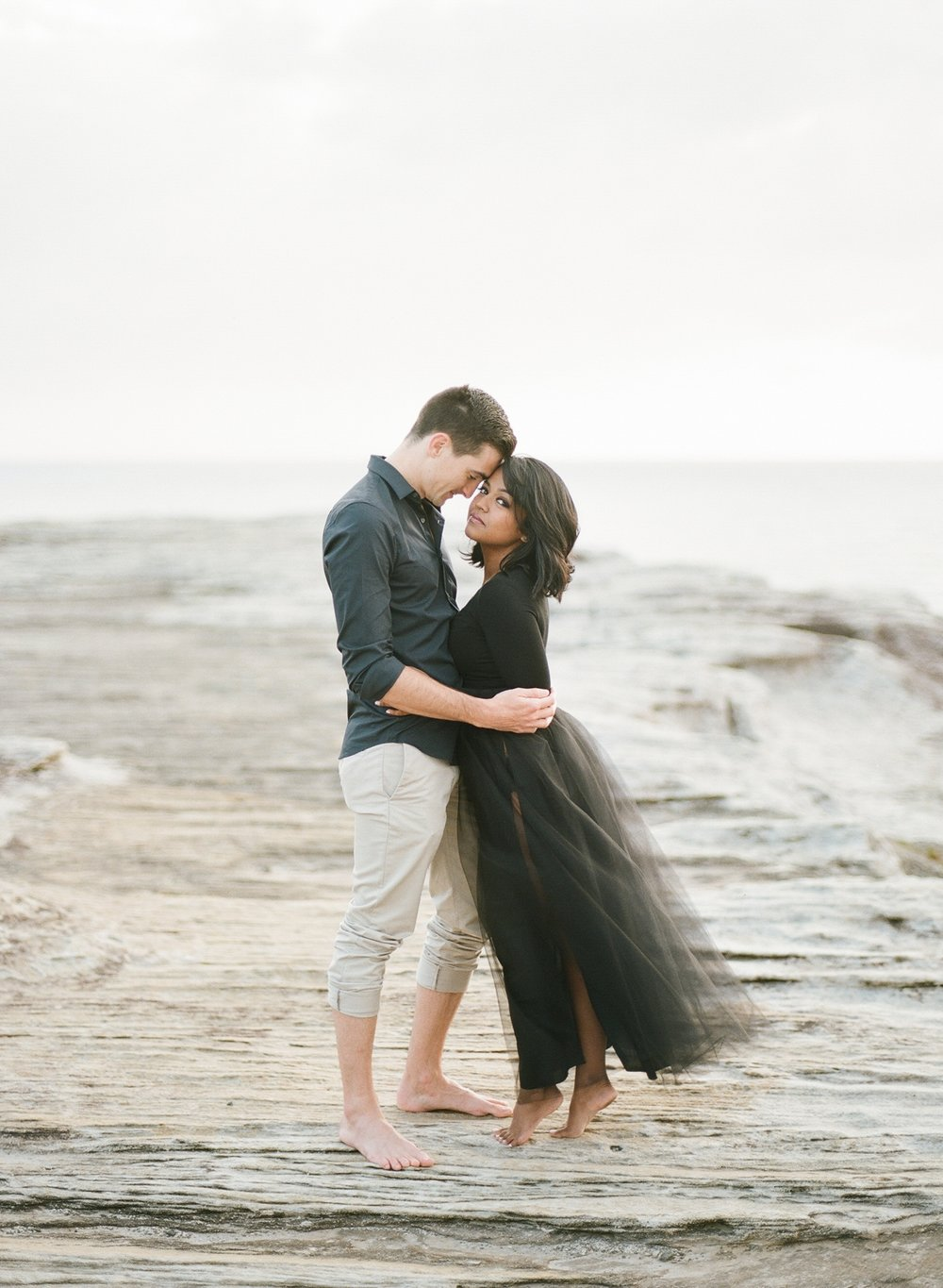 Coastal Sydney couples session by Mr Edwards Photography_0737_1112.jpg