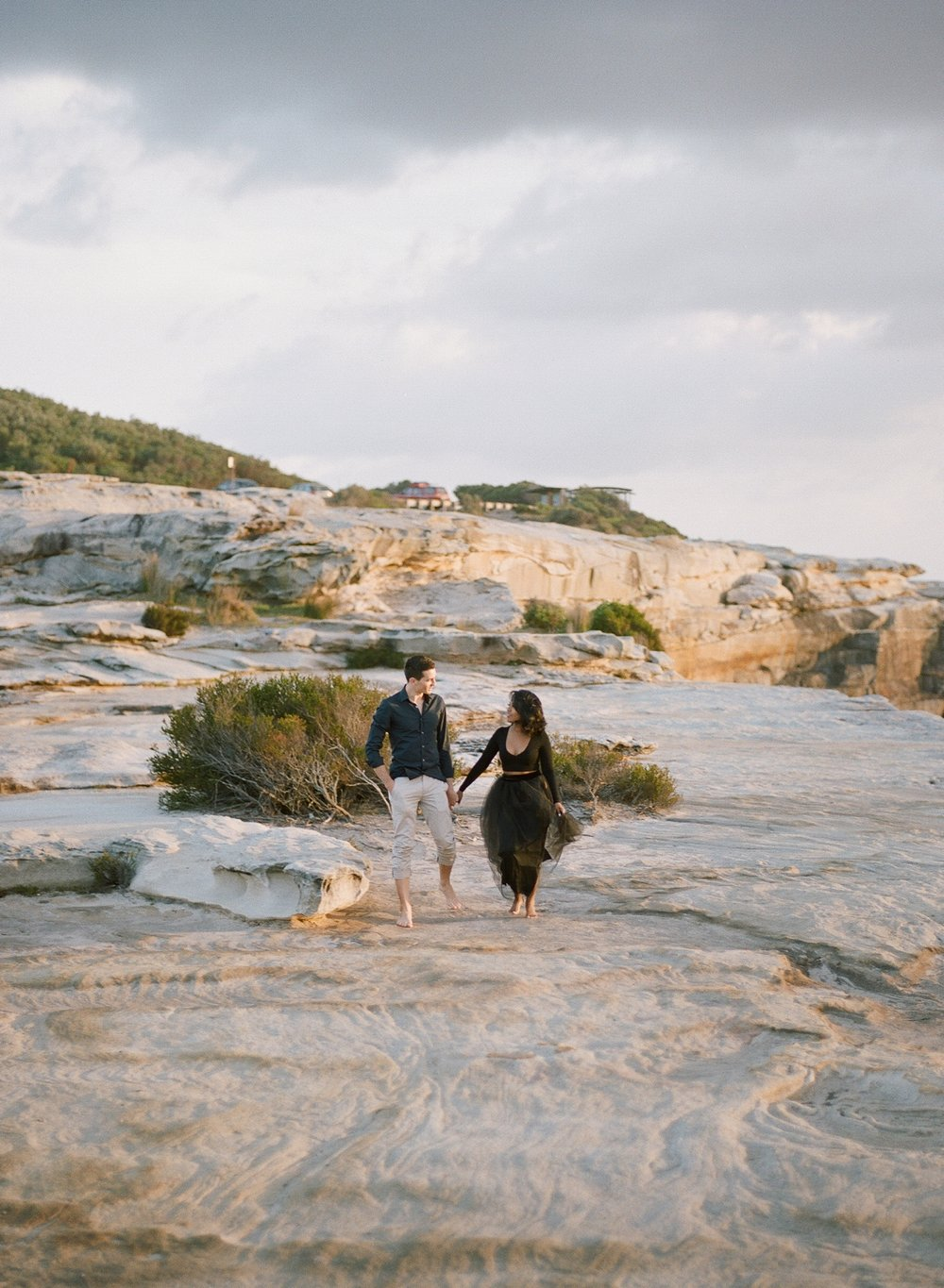 Coastal Sydney couples session by Mr Edwards Photography_0737_1116.jpg