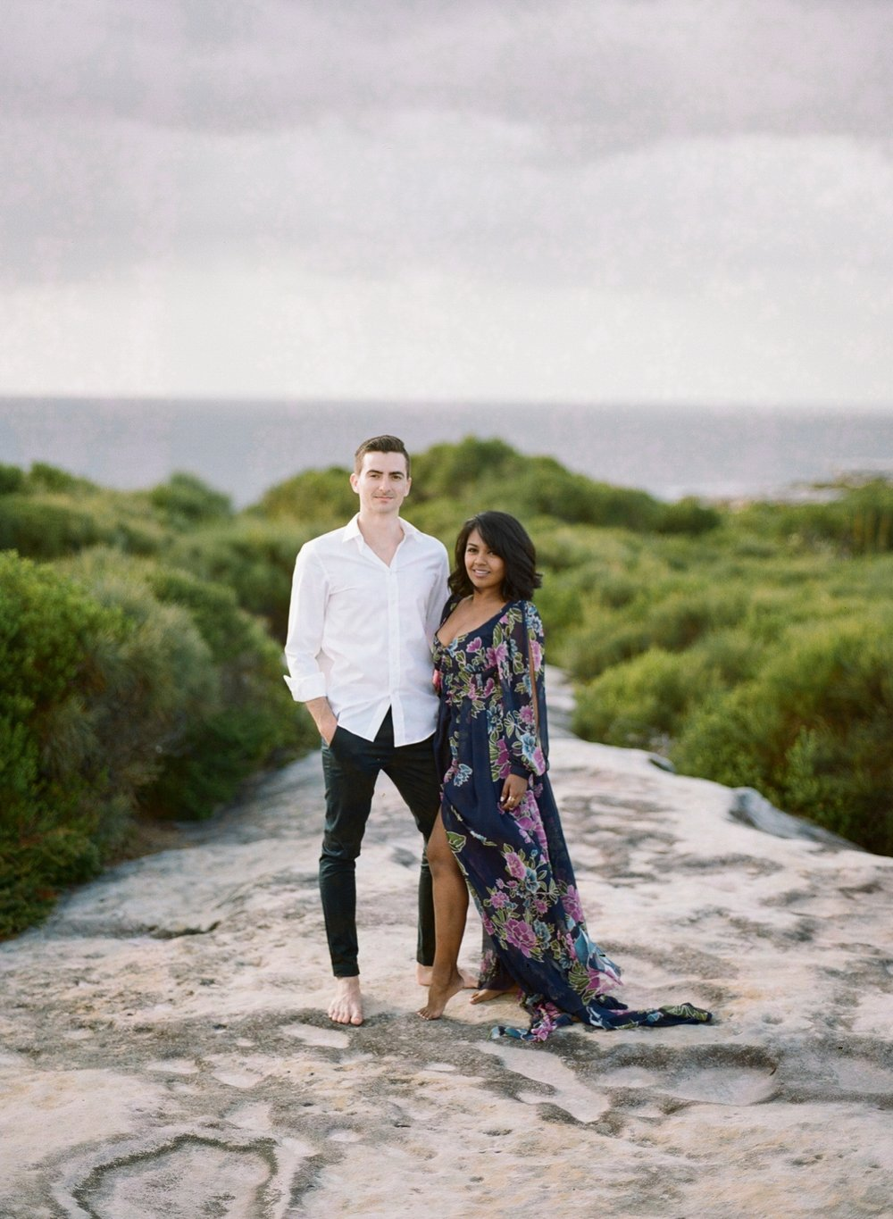 Coastal Sydney couples session by Mr Edwards Photography_0737_1123.jpg