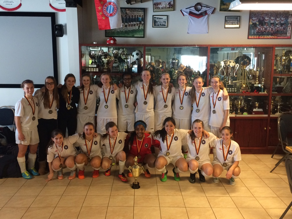 Edmonton Scottish United Soccer Club - 2000 (U16 T2 Girls) - Gold at U16 T1 Victoria Soccer Club's 7 v 7 Tournament