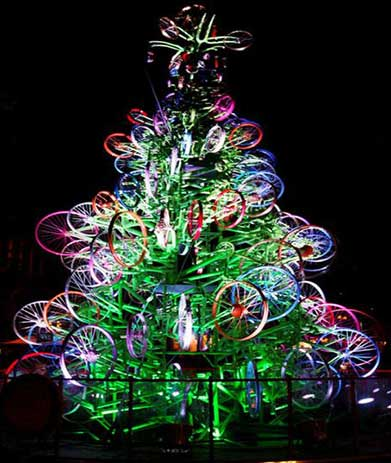 recycled-bike-christmas-tree-day-australia.jpg