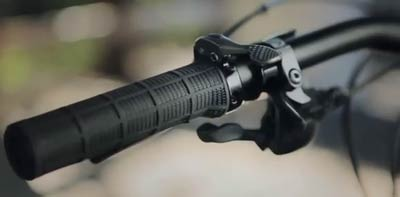 """Handlebar remote commands the Blacklite seat post adjustment."