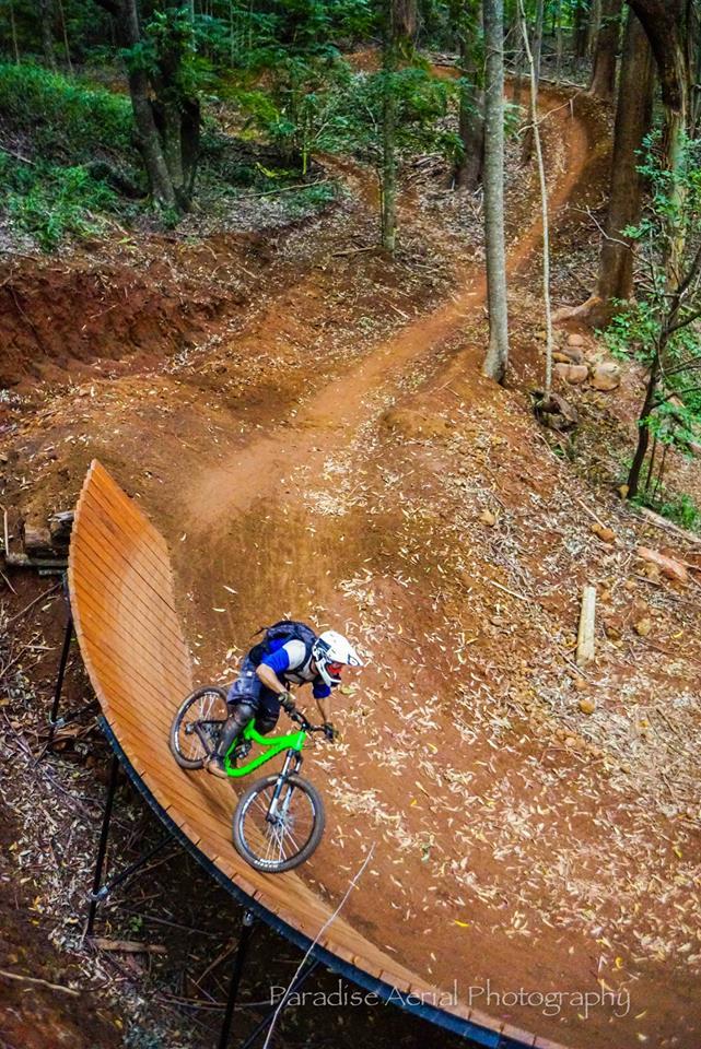 Makawao Forest Reservve Mountian Bike Wall Ride