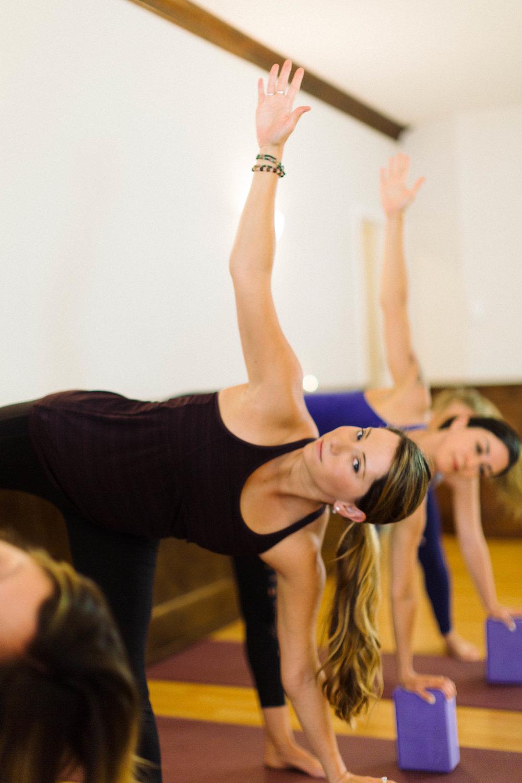 POM Yoga-112.jpg