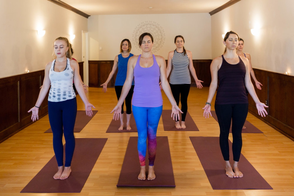 POM Yoga-44.jpg