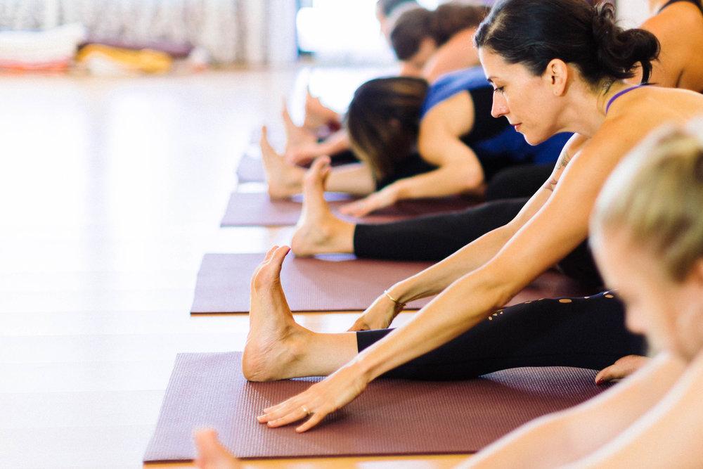 POM Yoga-116.jpg