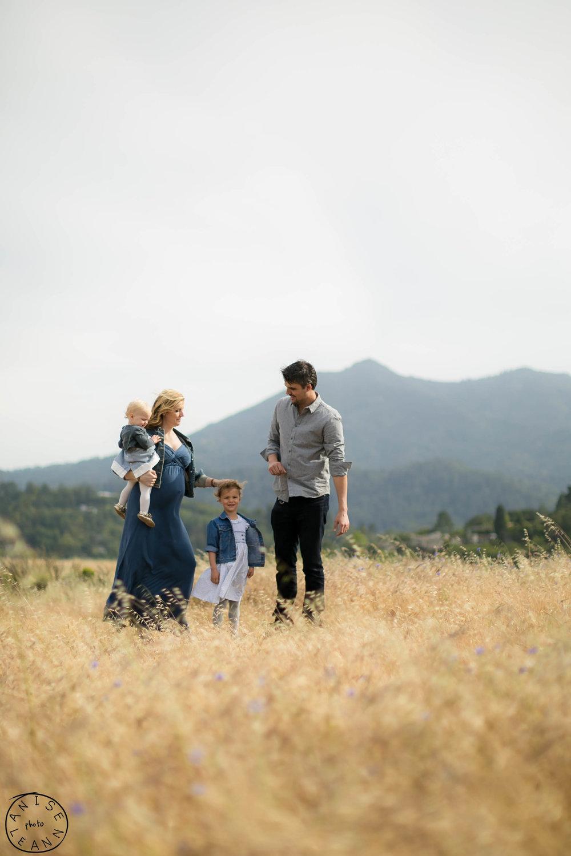 Mattos Family 2018 -30.jpg