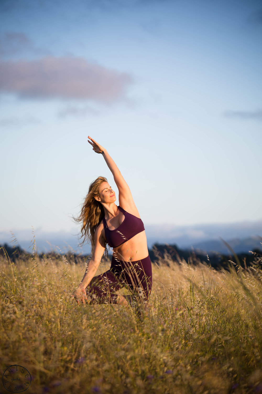 erika yoga -28.jpg