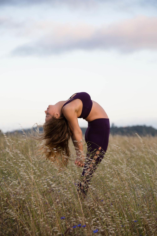 erika yoga -34.jpg