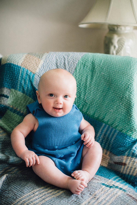 Brooks 5 months -18.jpg