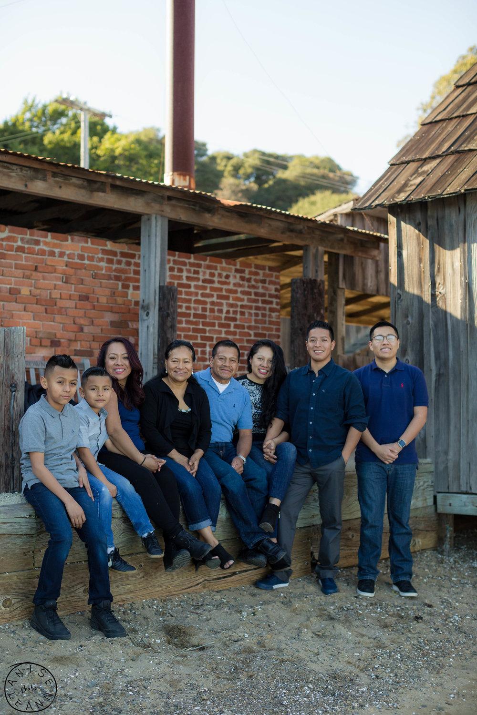 Gonzalez Family-45.jpg