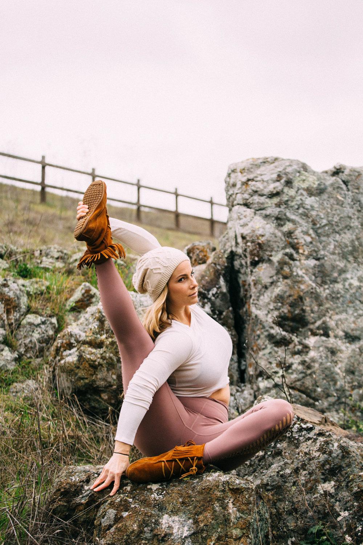 Erika Yoga 2019 -18.jpg