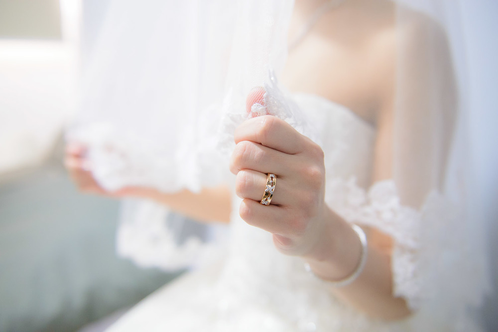 ad wedding bride with veil Bokelicious Photography
