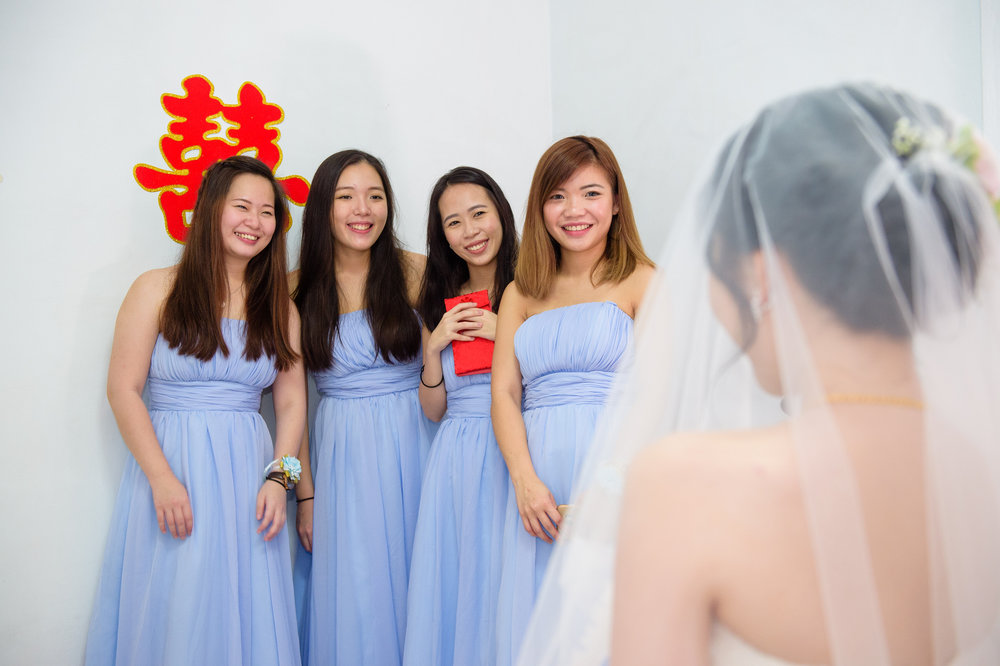 bride and bridesmates