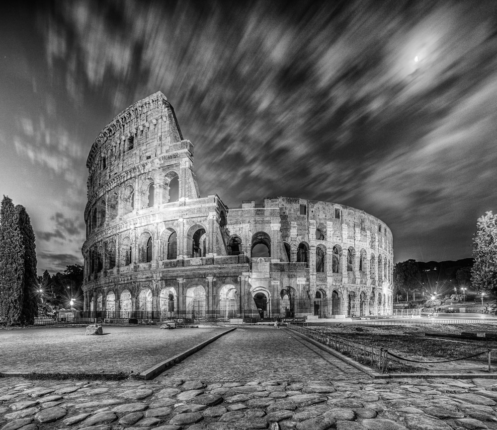 Colosseum light