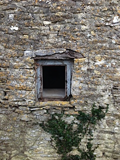 privy window